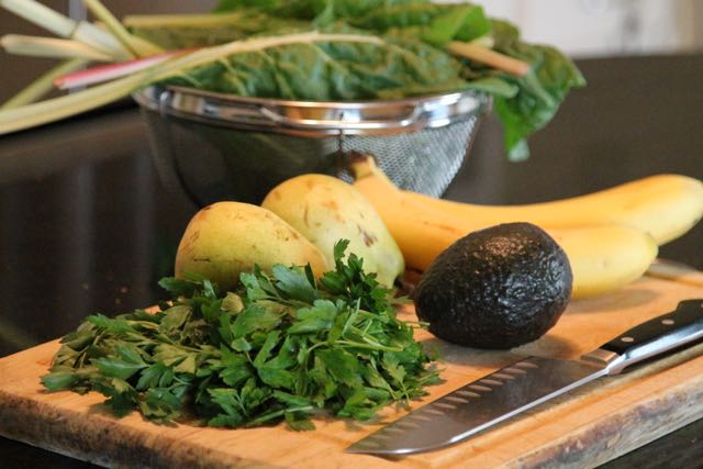 Greens, Parsley, Pear, apple and Avocado