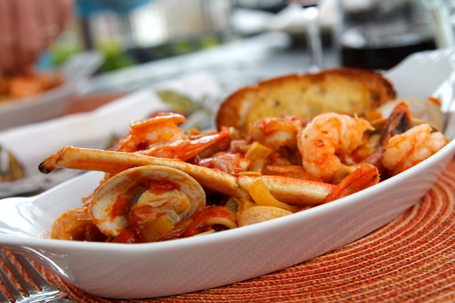 Cioppino  #SundaySupper